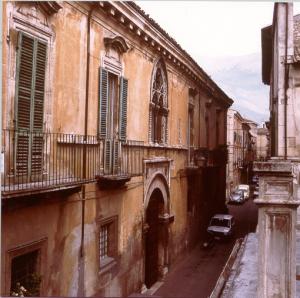 palazzo_sulmona01